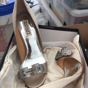 Shoes - Badgley Mischka champagne heels